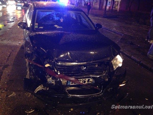 4 mașini implicate într-un accident lângă magazinul Billa (galerie foto)
