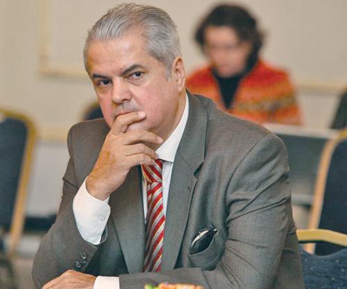 Judecătoria Sectorului 4 a decis că Năstase poate fi eliberat condiţionat