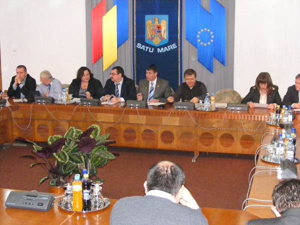 A fost aprobat programul judeţean de transport persoane pentru perioada 2013-2019
