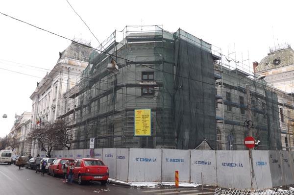 Lucrările de reparaţii la clădirea Tribunalului Satu Mare stagnează din lipsă de bani