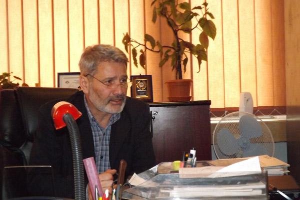 Dan Burulea doreşte alcătuirea unui for de dezbatere locală pe tema modificării Constituţiei
