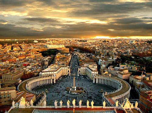 Următorul papă va distruge Roma conform profeţiei sfantului Malachy