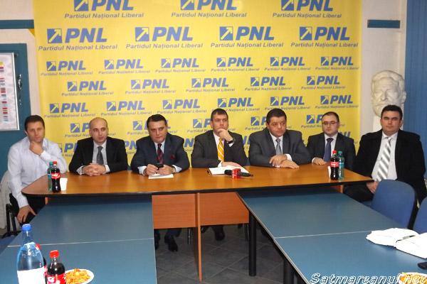 Patru primari PD-L şi unul PP-DD s-au alăturat echipei PNL Satu Mare