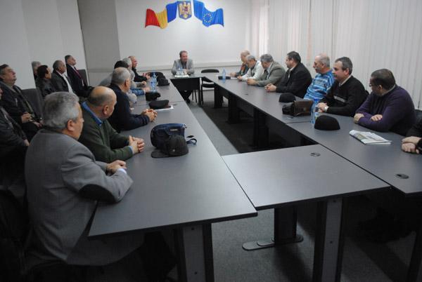 Senatorul Valer Marian s-a întâlnit cu membrii Sindicatului Cadrelor Militare Disponibilizate