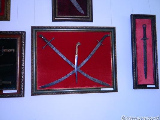 Expoziţie de arme la Muzeul Judeţean Satu Mare (galerie foto)