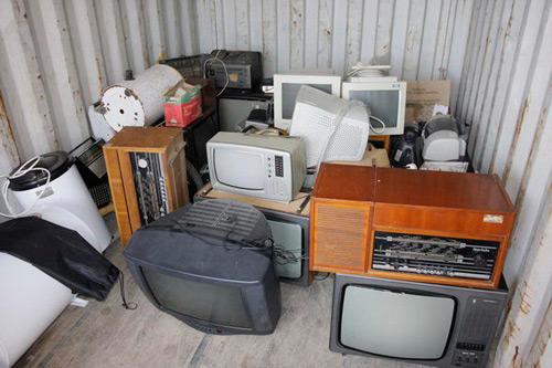 Continuă campania de colectare a deşeurilor electrice şi electronice