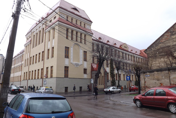 """Colegiul Naţional """"Mihai Eminescu"""" este cel mai bun liceu din Satu Mare"""