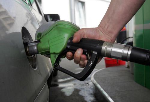 Peste 17 tone de combustibil oprite de la comercializare în benzinăriile din Satu Mare