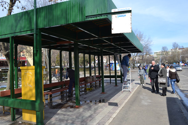Au început lucrările de reabilitare a staţiilor de autobuze