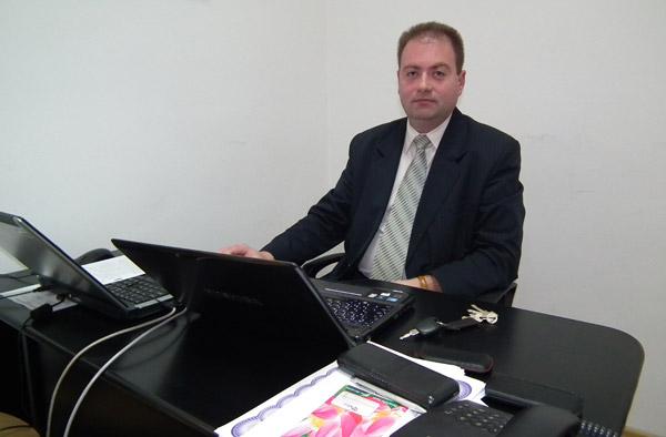 Cu Claudiu Mondici despre problemele sistemului educaţional