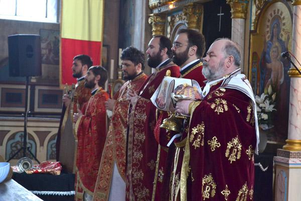 Părintele Fărcaș Ovidiu este noul preot al bisericii de la Sătmărel