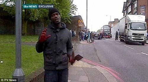 Un militar decapitat în plină stradă la Londra