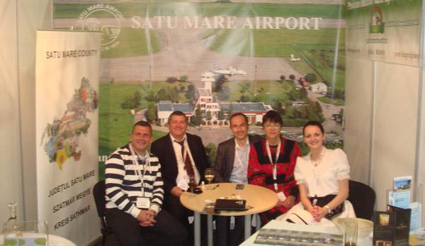 """Aeroportul Satu Mare a fost reprezentat la """"Routes Europe 2013"""""""
