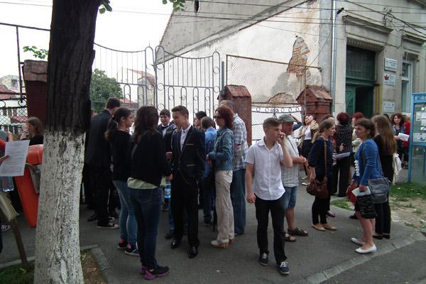 """""""Din durerile inimii"""" la examenul de română"""