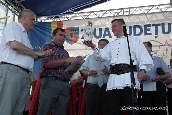 """Hornyak Tibor a câştigat """"Marele Aur"""" la Concursul judeţean de pălincă"""