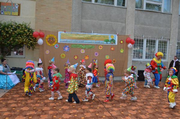 Kaufland Satu Mare a oferit jucării prichindeilor de la Grădinița 9 (galerie foto)