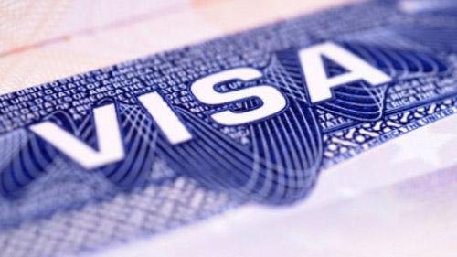 Românii ar putea călători în SUA fără viză