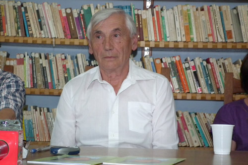 Cărţile lui Carol Karacsonyi au ajuns pe rafturile Bibliotecii Judeţene Satu Mare