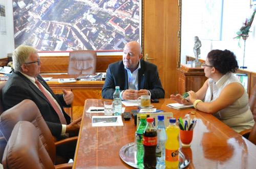 Johann Gierlinger intenţionează să creeze 400 de locuri de muncă la Satu Mare