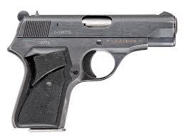Pistol din cel de-al Doilea Război Mondial, găsit la Sanislău