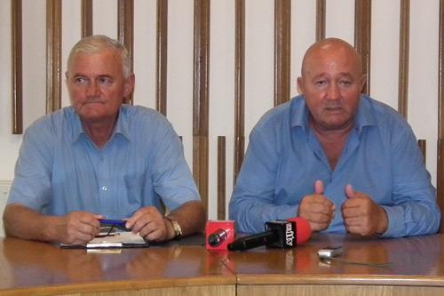 Pensionarii îşi pot ridica legitimaţiile gratuite de transport din 10 iulie