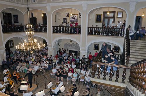 """Orchestra Filarmonicii """"Dinu Lipatti"""" a susţinut un concert la Carei"""