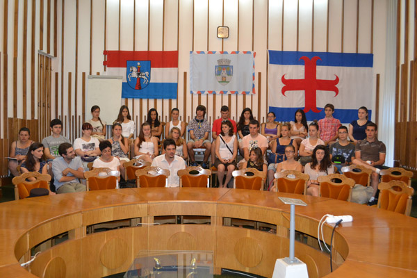 15 tineri francezi au vizitat Primăria din Satu Mare