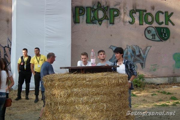 A început Plopstock 2013