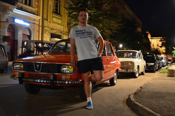 Doi sătmăreni reprezintă România la un concurs al mașinilor românești la Cracovia