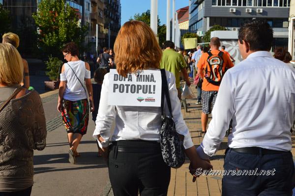 """PROTEST: """"România-i țara mea și nu vrem cianură-n ea"""" (galerie foto + video)"""