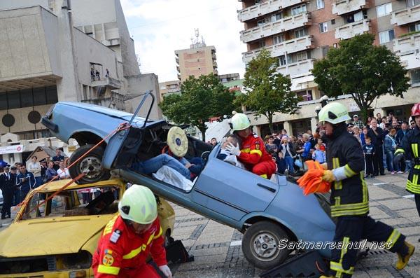 De ziua lor, pompierii sătmăreni și-au demonstrat priceperea (galerie foto)