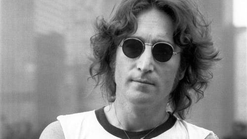 9 octombrie 1940 – S-a nascut John Lennon