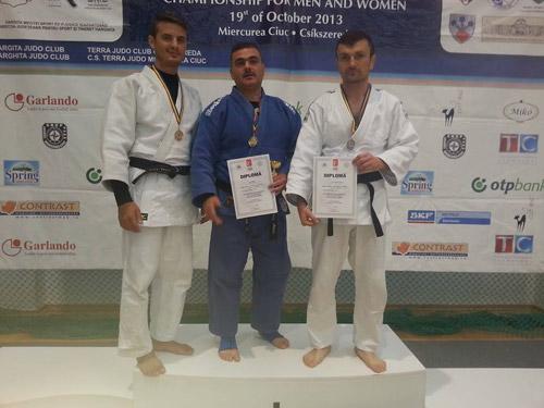 Trei sătmăreni pe podiumul Campionatelor Naţionale de Judo pentru Veterani