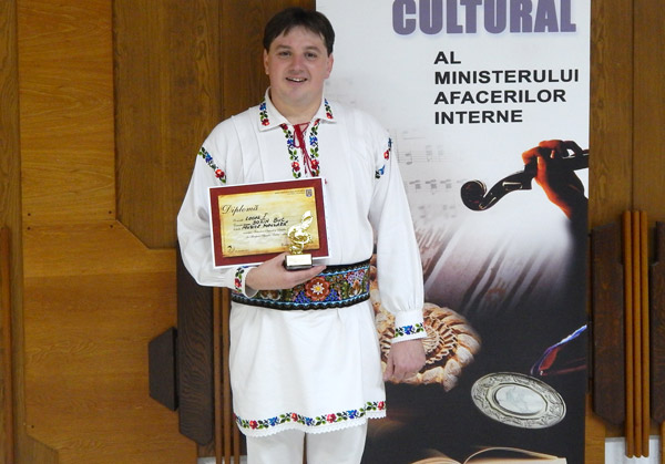 Jandarmul Sorin Buc a câştigat locul I la Festivalul Naţional al Artiştilor Amatori