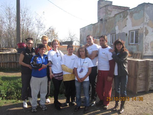 Voluntarii de la Asociația Stea au vizitat adăpostul de câini