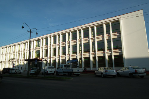 Consiliul Judeţean va închiria o parte din parterul Policlinicii Vechi