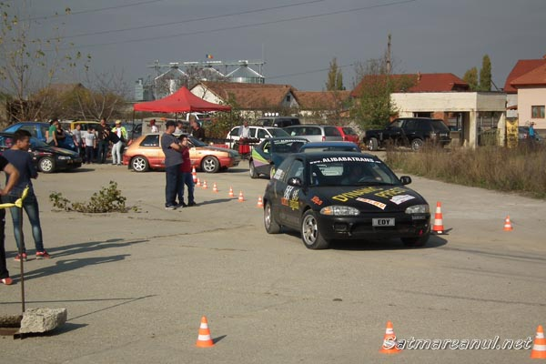 """Peste 40 de concurenţi la """"Rally Sprint"""" Satu Mare"""