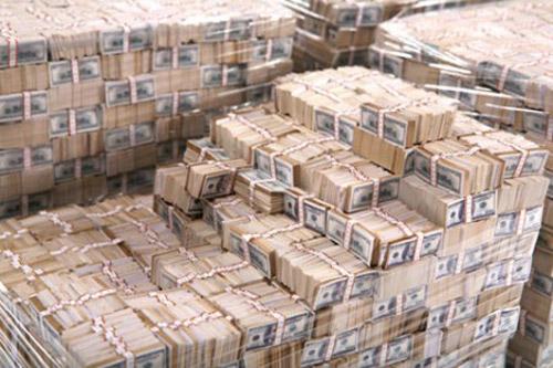 Numărul de miliardari a atins un nivel record în 2013