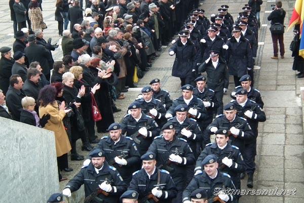 Eroii Revoluţiei din decembrie 1989, cinstiţi la Satu Mare (galerie foto)