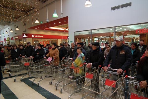 Auchan Satu Mare şi-a deschis azi porţile