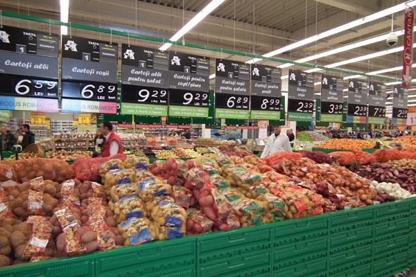 Auchan face angajări în toată ţara. Caută de la lucrător comercial până la achizitor