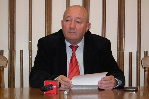 Primarul Coica avertizează liberalii să lase APASERV-ul în pace