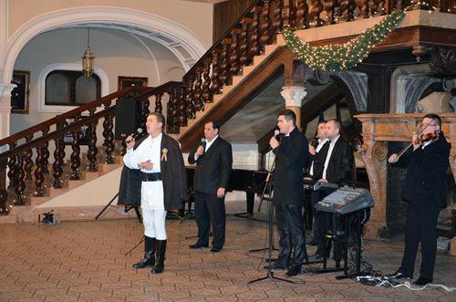 Spectacol de colinde şi cântece româneşti la Carei