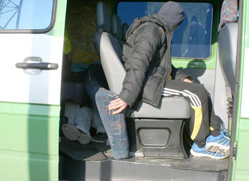 Un minor a încercat să iasă ilegal din România