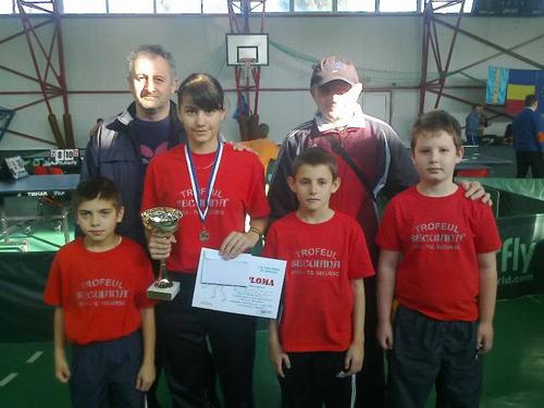 """Sportivi de la Clubul """"TAPO"""" Carei au participat la un turneu de tenis de masă"""