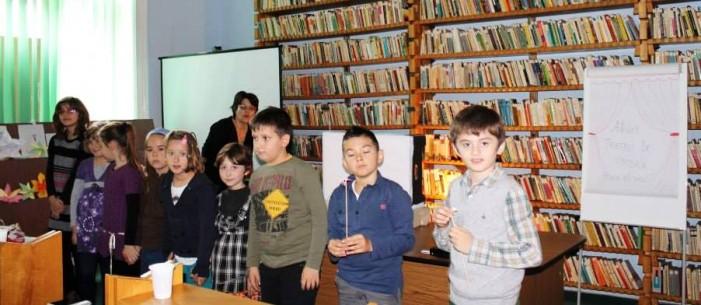 """""""Atelier de teatru de umbre"""" la Biblioteca Judeţeană"""