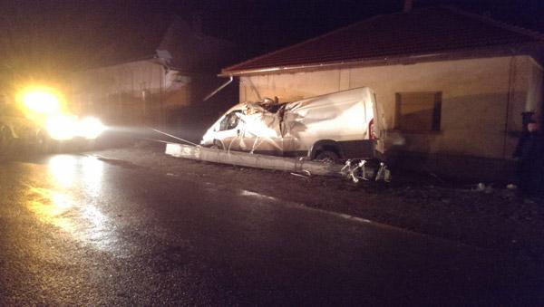 Accident grav în Ambud (galerie foto)