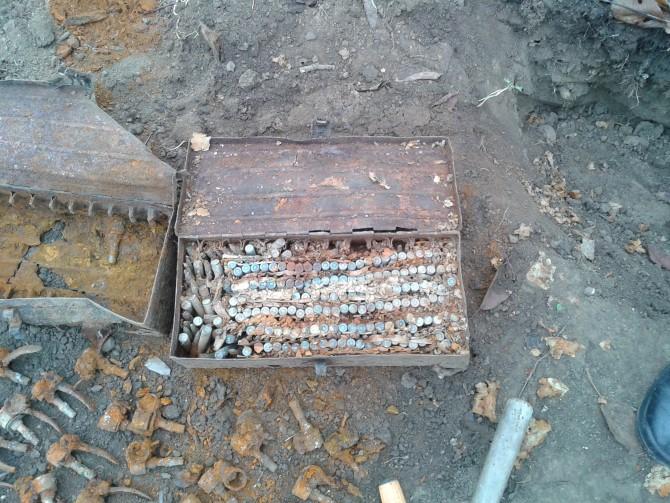 Două lăzi de cartuşe găsite sub podul de pe Crasna