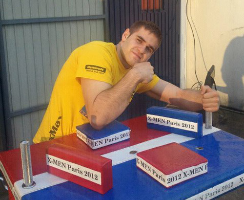 Podac vrea să cucerească titlul de campion mondial la skandenberg