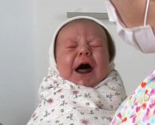 Antonio Ionuţ, primul copil născut în acest an la SJU Satu Mare